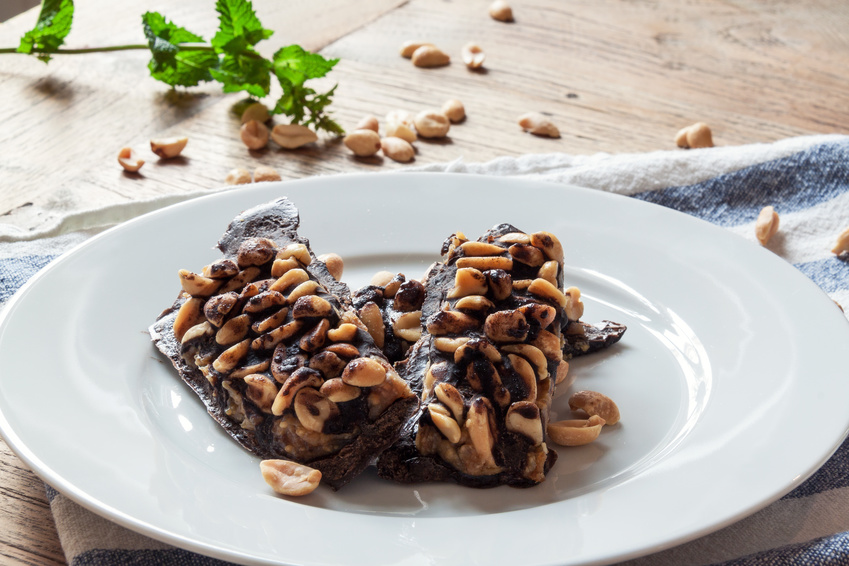 Raw Superfood Snickers Chocolate